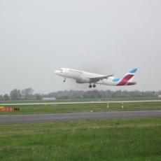 2017.04 HuB Airport23