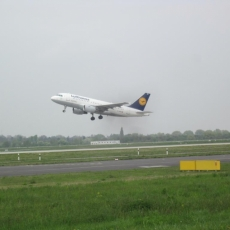 2017.04 HuB Airport25
